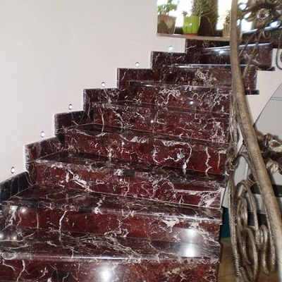 đá marble rosso levanto cầu thang